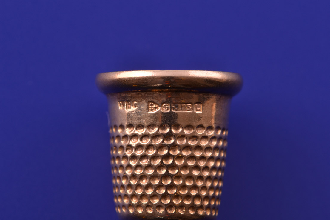 9ct Yellow Gold Vintage Thimble Charm Vintage Jewellery