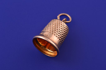 9ct Yellow Gold Vintage Thimble Charm