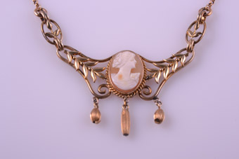 Gold Plated 1940's Necklace With Hand Carved Cameo