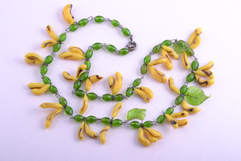 1950's Banana Necklace With Glass Beads
