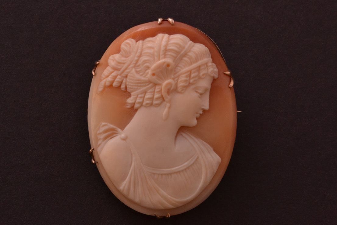 9ct Gold Victorian Cameo Brooch