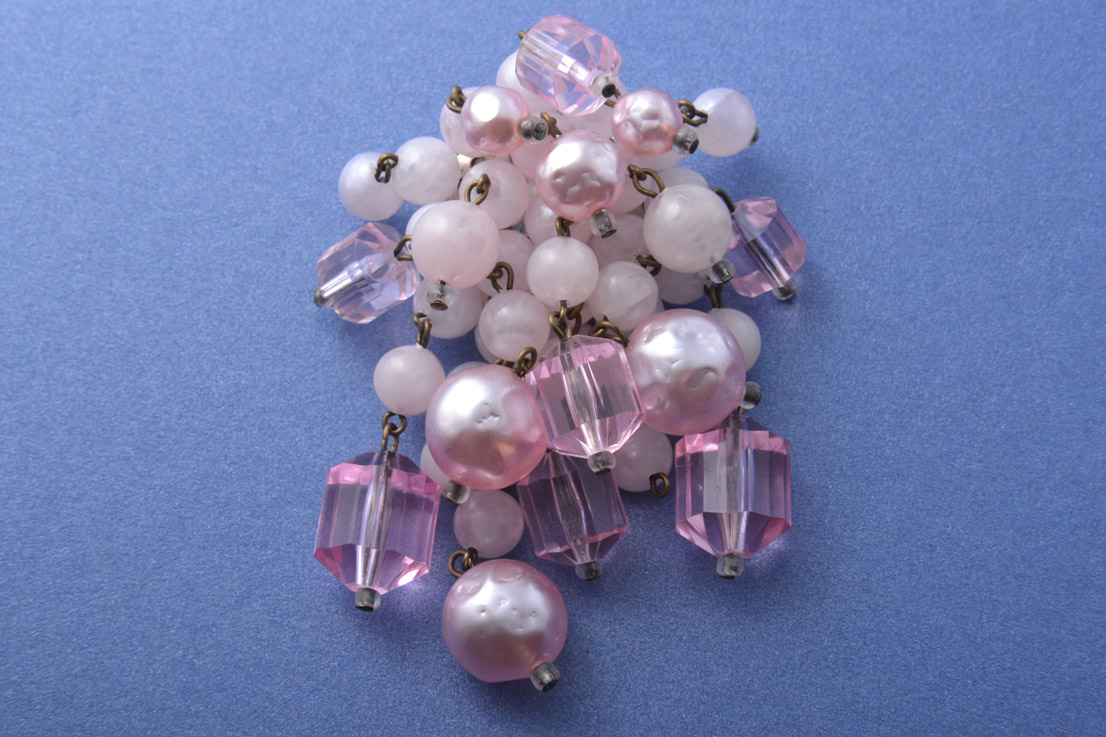 1950's Brooch With Beads