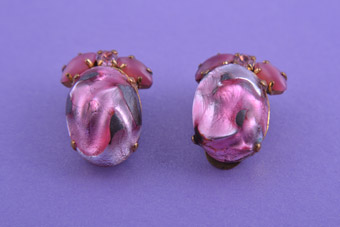 1950's Glassy Pink Clip On Earrings