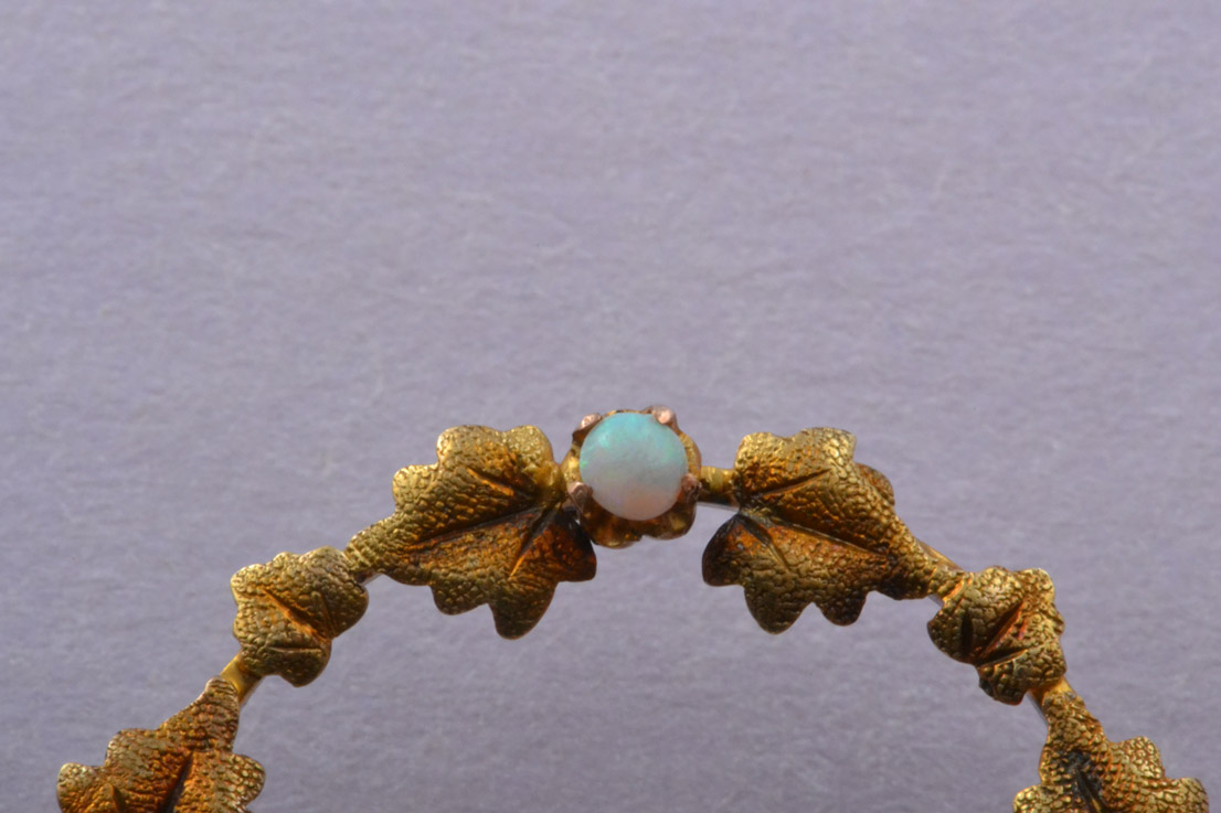 Yellow Gold Victorian Wreath Brooch With Opals And