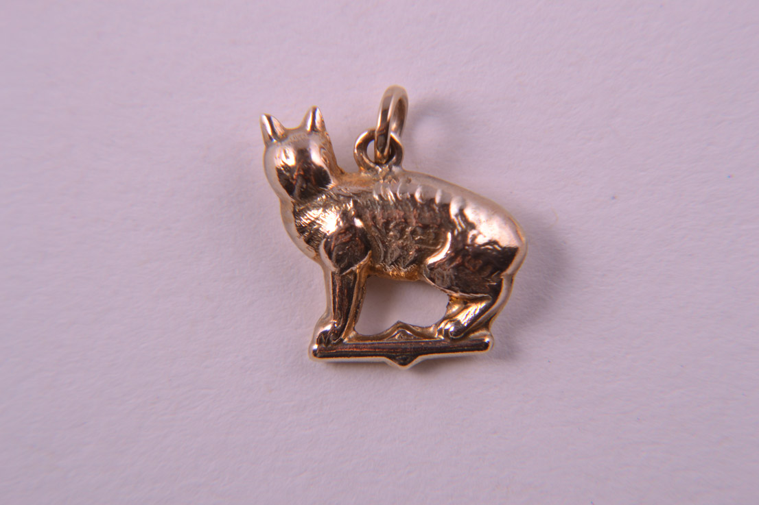 9ct Yellow Gold Cat Charm Jewellery Amanda Appleby854b