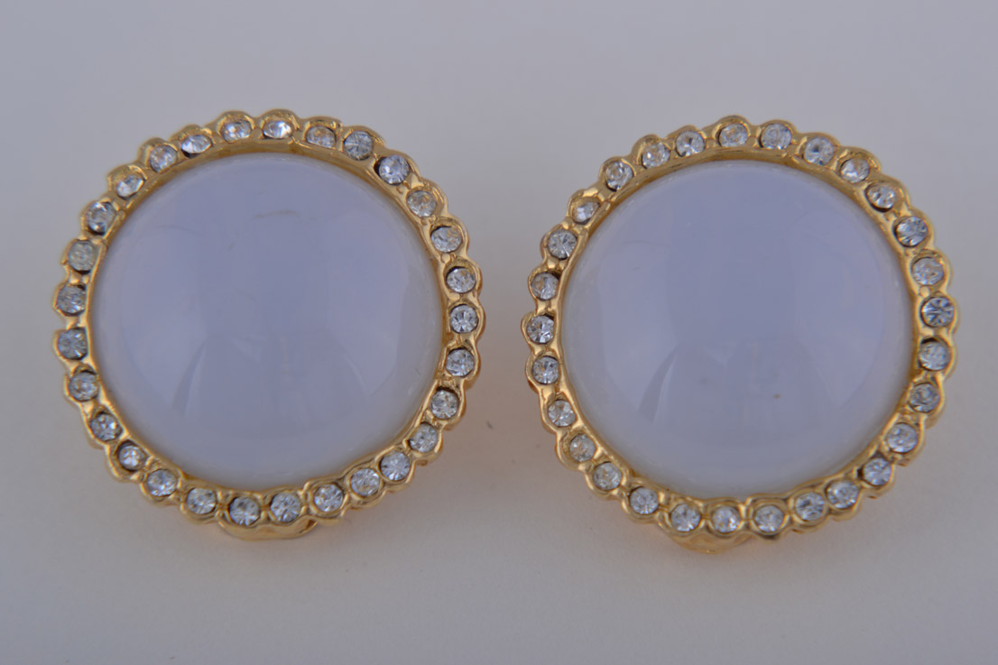 Gilt 1980's Clip On Earrings With Glass And Diamanté