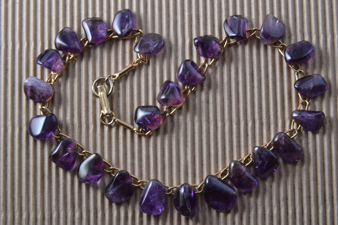 Gilt Vintage Necklace With Amethysts