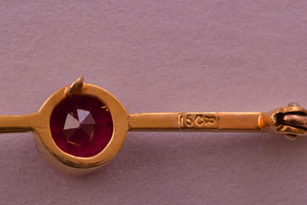 Gold Edwardian Brooch
