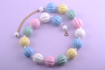 Plastic 1950's Necklace With Ice-Cream Coloured Beads