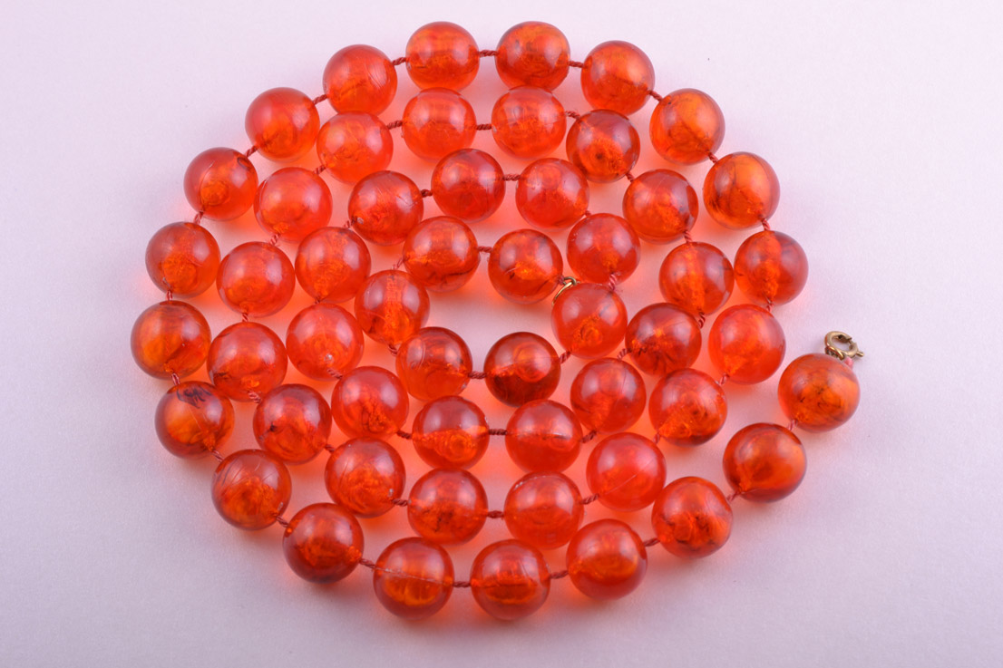 Plastic 1960's Necklace With Orange-Coloured Beads