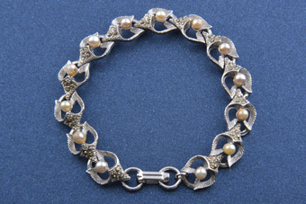 1950's Bracelet With Marcasite And Faux Pearls