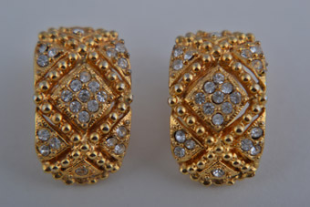 Gilt 1980's Clip On Earrings With Diamanté