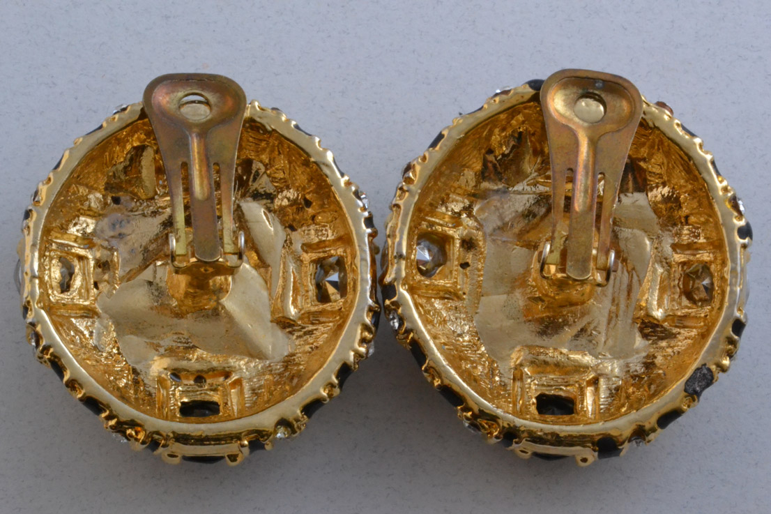 Gilt 1980 S Clip On Earrings With Paste Vintage