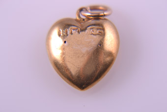 Gold Horse-Shoe Charm