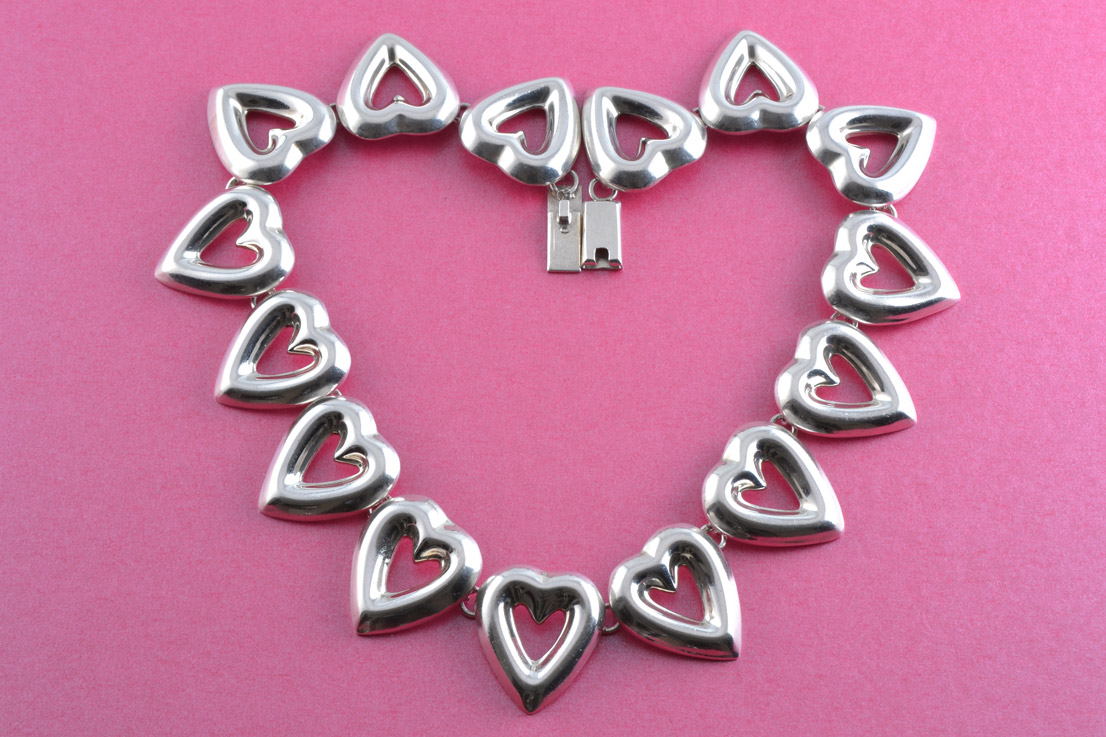 Silver Taxco Mexican Necklace With Heart-Shaped Motifs