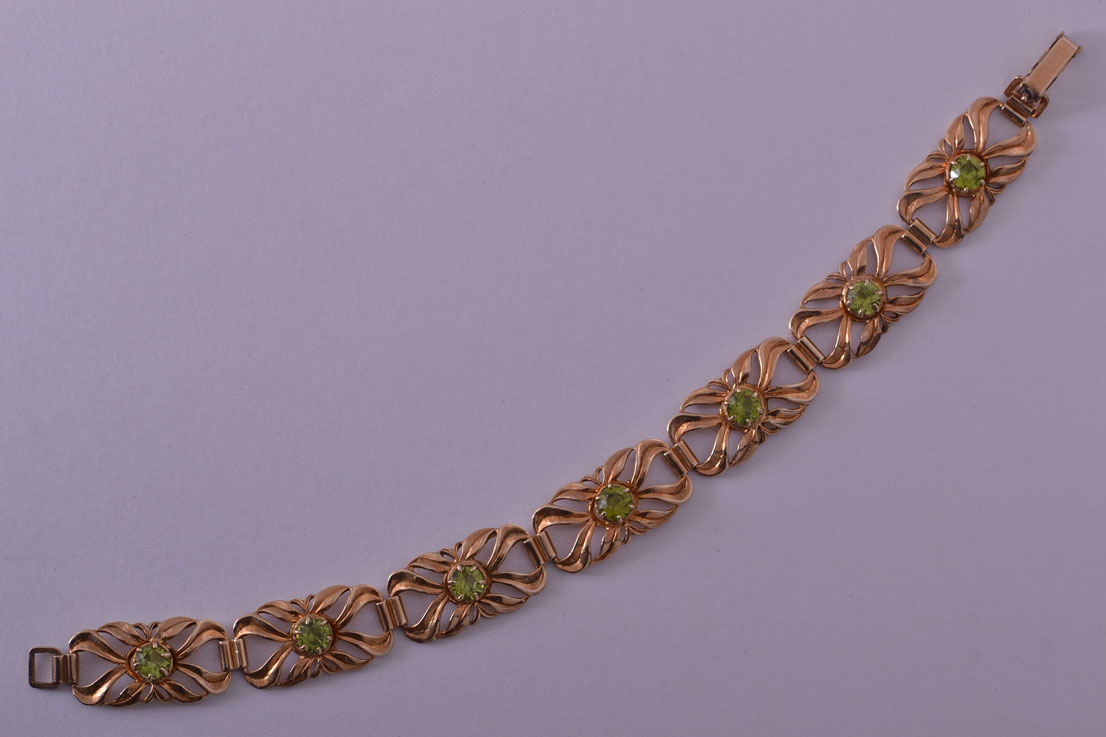 9ct Rose Gold Vintage Bracelet With Peridot
