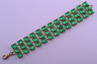 Gilt 1950's Bracelet With Green Paste