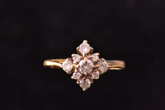 Gold Vintage Ring With Diamonds