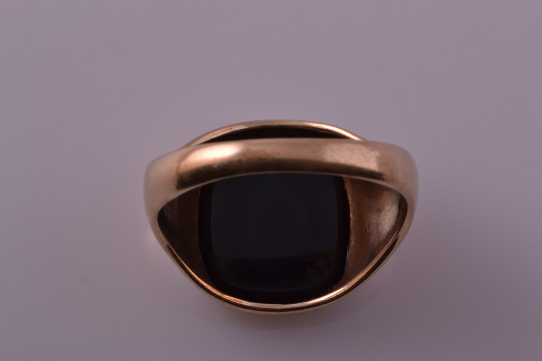 9ct Yellow Gold 1970 S Vintage Signet Ring With Black Onyx