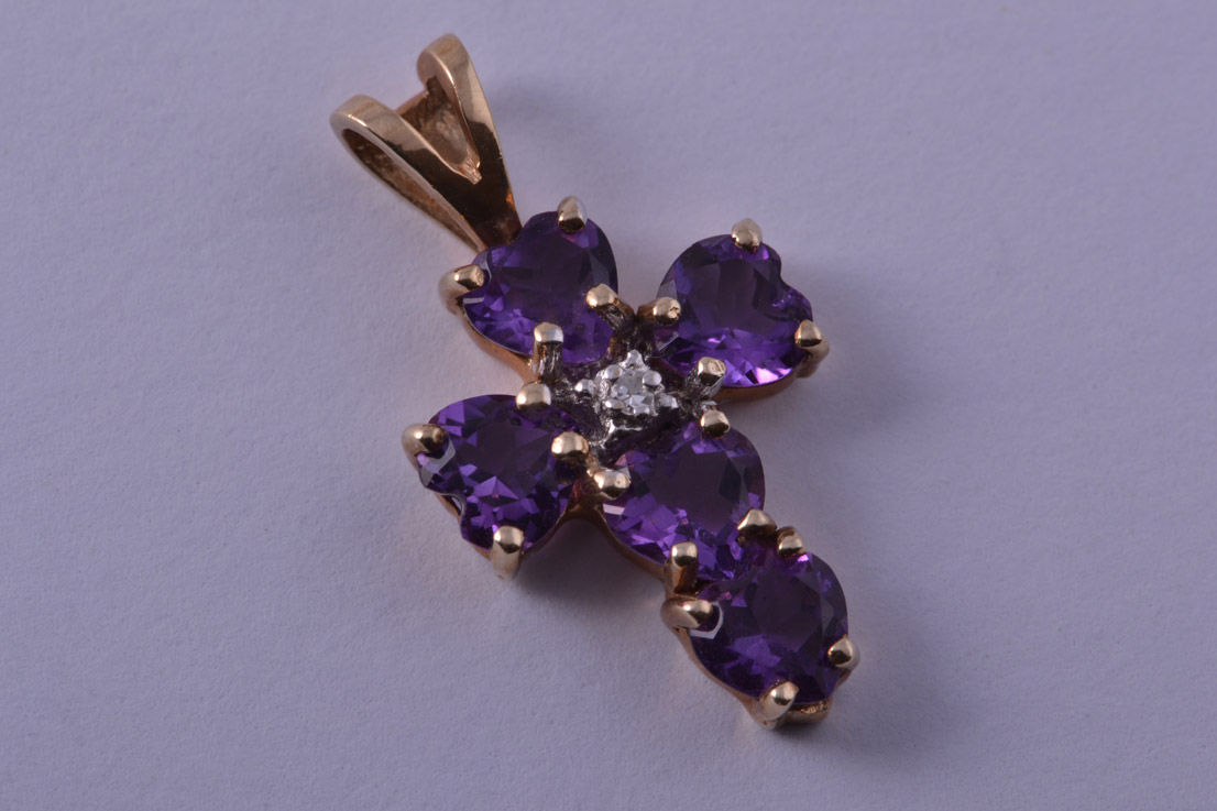 9ct Yellow Gold Modern Cross With Amethysts And A Diamond
