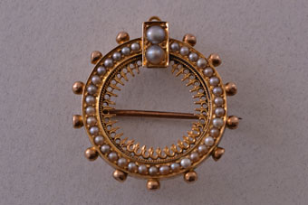 14ct Yellow Gold Victorian Brooch / Pendant With Seed Pearls