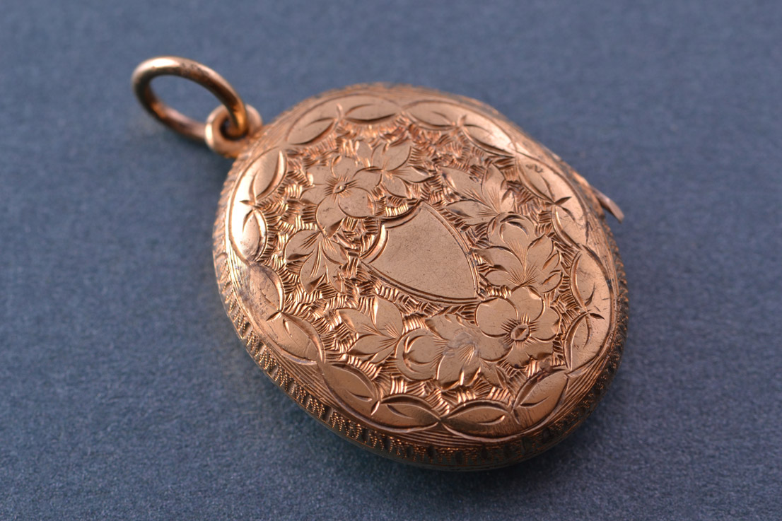 9ct Yellow Gold Victorian Opening Locket Antique