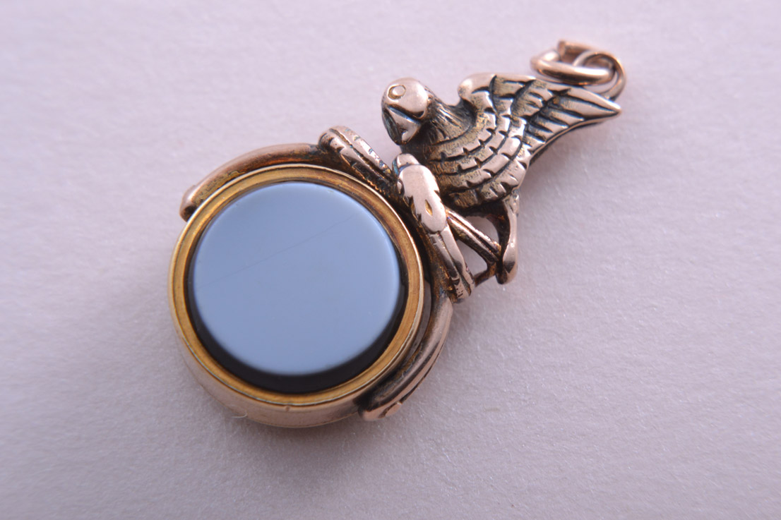 Gold Victorian Swivel With Bloodstone, White Agate And A Bird