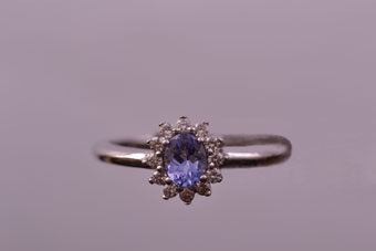 9ct Gold Ring With Tanzanite And Diamonds