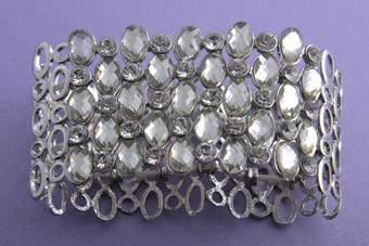 Modern Bracelet With Paste