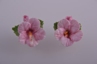 Porcelain 1950's Flower Screw On Earrings