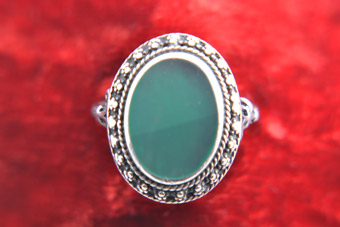 Silver Vintage Ring With Oval Green Stone