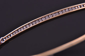 9ct Yellow Gold Modern Bangle With Diamonds