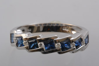 18ct White Gold Modern Ring With Sapphires And Diamonds