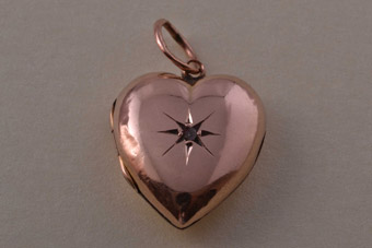 9ct Rose Gold Victorian Locket With A Diamond