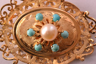 Gold Brooch/Pendant