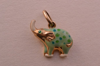 9ct Yellow Gold Vintage Elephant Charm With Enamel