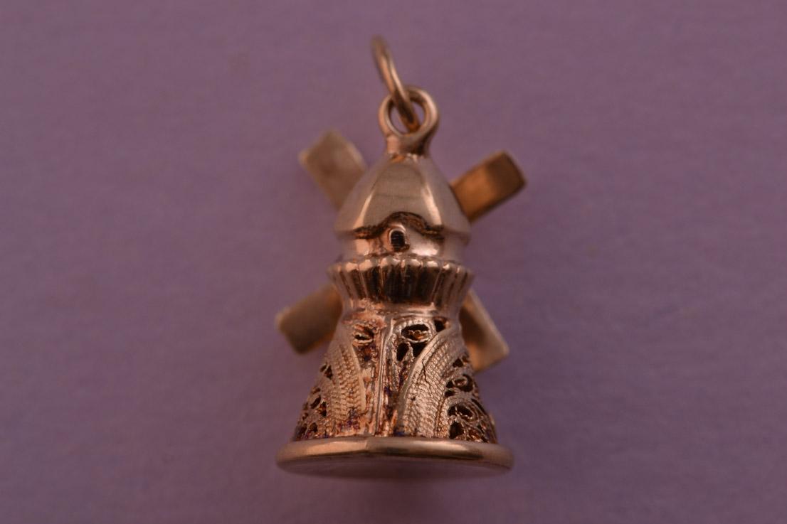 9ct Gold Vintage Mechanical Windmill Charm Vintage