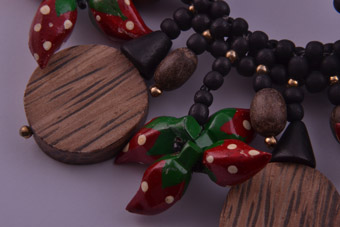 Wooden Vintage Necklace