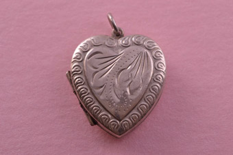 Vintage Heart Locket