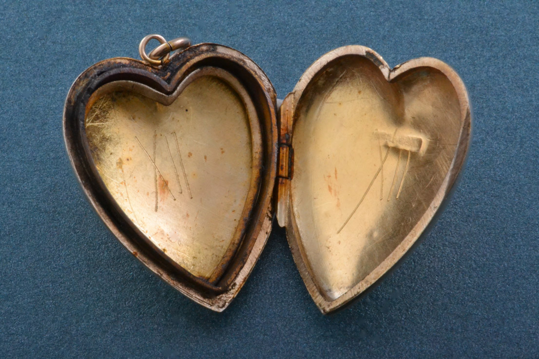 9ct Gold Vintage Heart Locket Vintage Jewellery Amanda