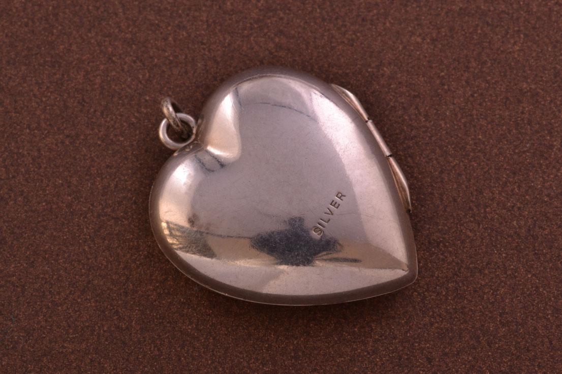 Vintage Silver Opening Heart Locket Vintage Jewellery