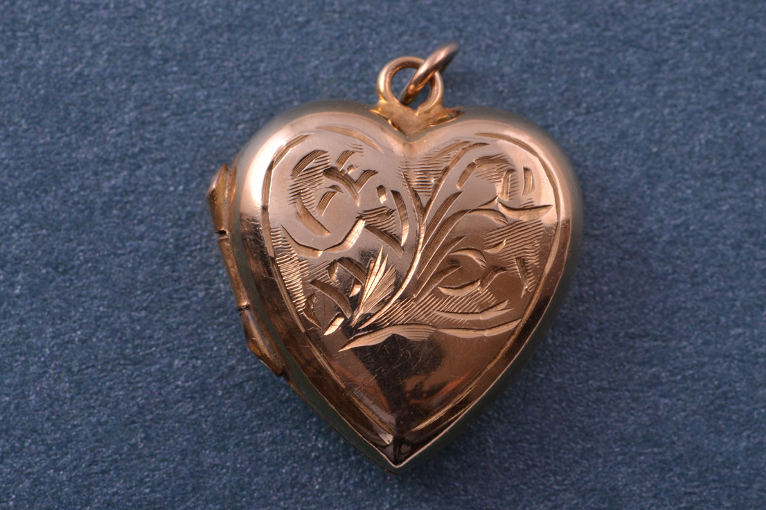 Gold Vintage Heart Locket Vintage Jewellery Amanda