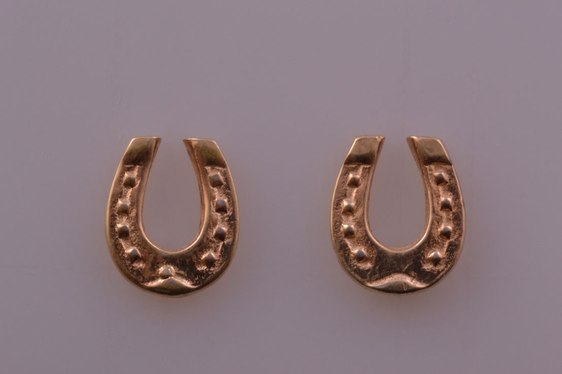 9ct Yellow Gold Vintage Horse Shoe Stud Earrings Vintage