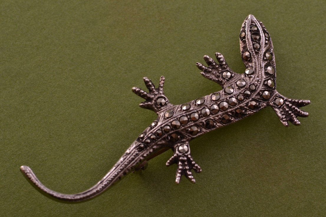 Silver Vintage Lizard Brooch With Marcasite