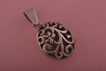 Silver Modern Opening Floral Locket
