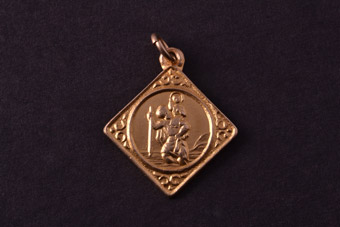 9ct Yellow Gold Vintage Saint Christopher Charm