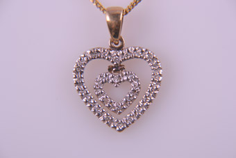 9ct Yellow Gold Modern Heart Pendant With Pavé Diamonds