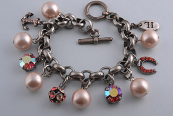 Modern Bracelet With Faux Pearls And Charms