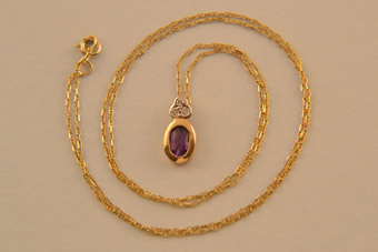 9ct Yellow Gold Modern Pendant With Amethyst And Diamonds