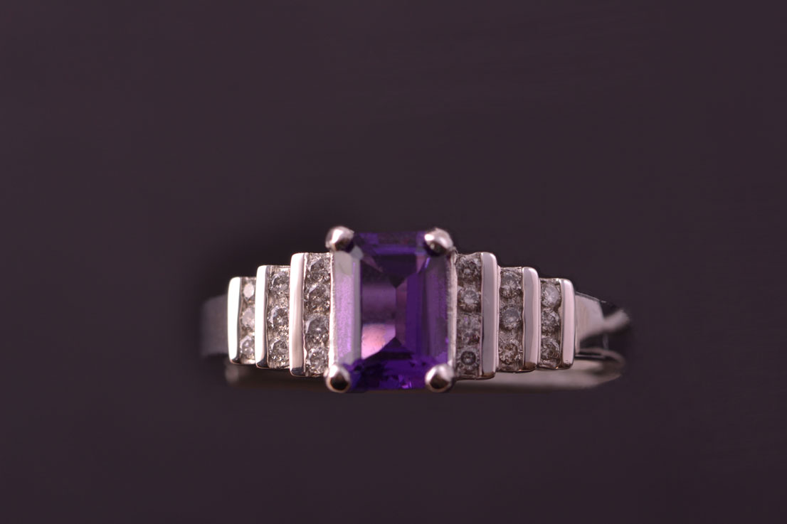 9ct White Gold Modern Ring With An Amethyst And Diamonds